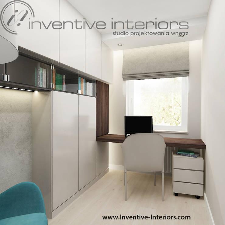 Oryginalna zabudowa meblowa a gabinecie: styl , w kategorii Domowe biuro i gabinet zaprojektowany przez Inventive Interiors,Nowoczesny