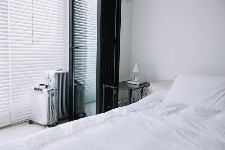 압구정 한양아파트: 샐러드보울 디자인 스튜디오의  침실,북유럽