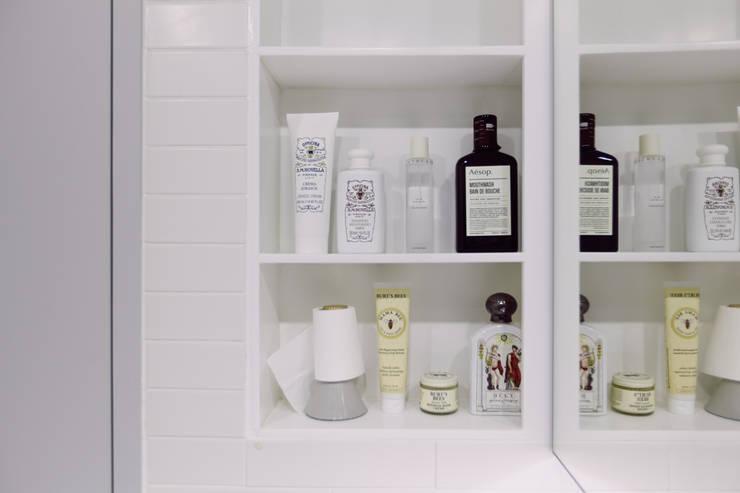압구정 한양아파트: 샐러드보울 디자인 스튜디오의  욕실