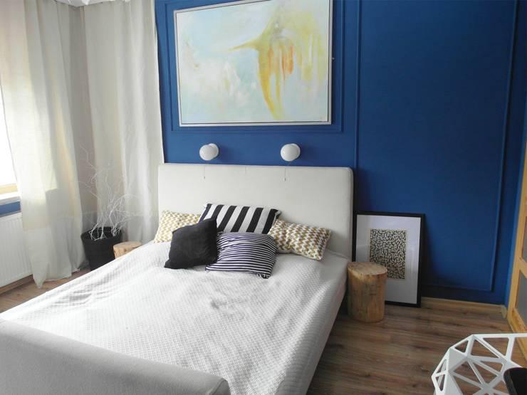 niebiesko o : styl , w kategorii Sypialnia zaprojektowany przez NaNovo
