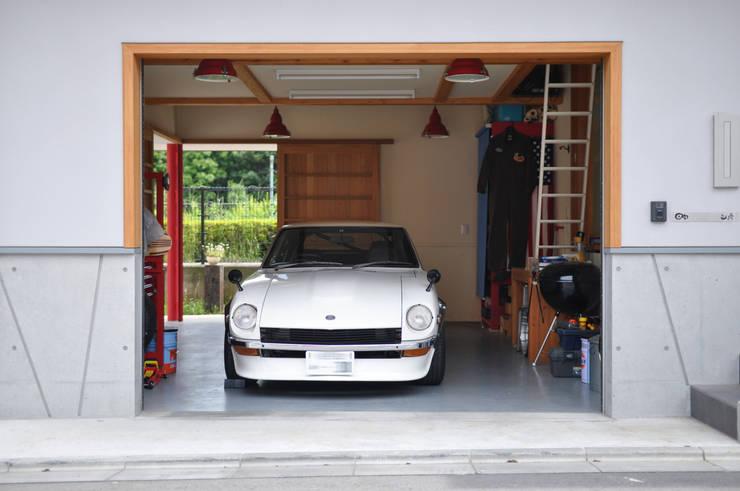Garage/schuur door (株)独楽蔵 KOMAGURA