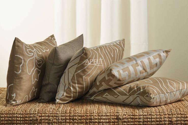 Easy Elegance - Kissen Moderne Wohnzimmer von Alfred Apelt GmbH Modern