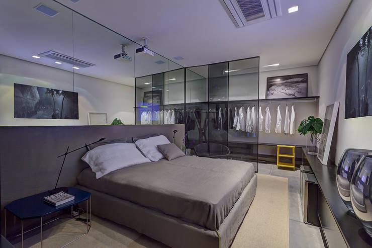 Casa Cor Minas 2012 | Home do Empresário: Espaços comerciais  por Piacesi Arquitetos