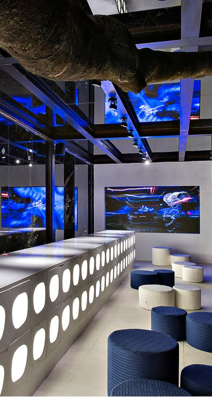 Casa Cor Minas 2013 | Bilheteria: Espaços comerciais  por Piacesi Arquitetos