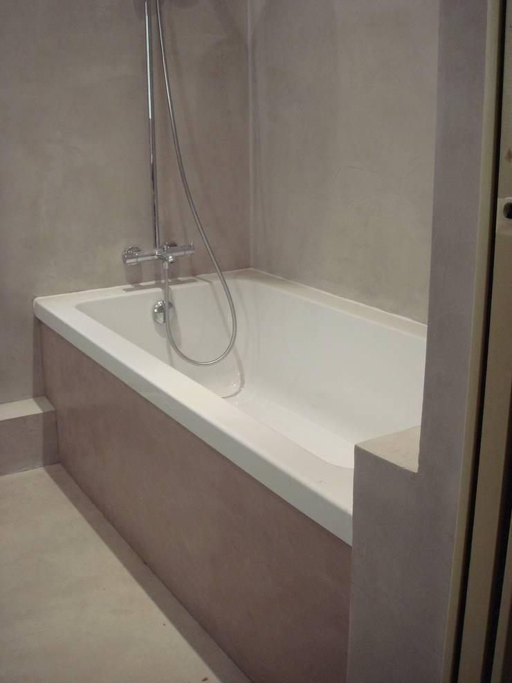 Salle de bain, douche à l\'italienne von Artlily | homify