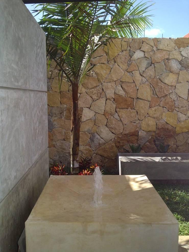 EcoEntorno Paisajismo Urbano의  정원, 모던 돌