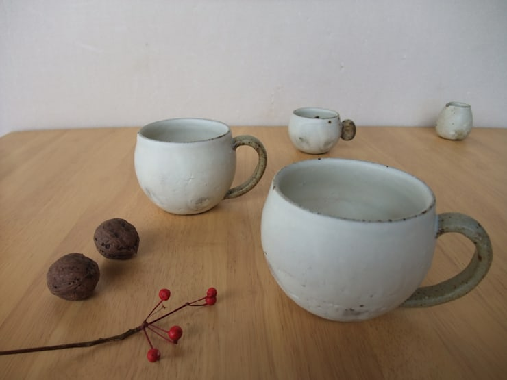 まるマグカップ: kamiyama-工房が手掛けたキッチンです。