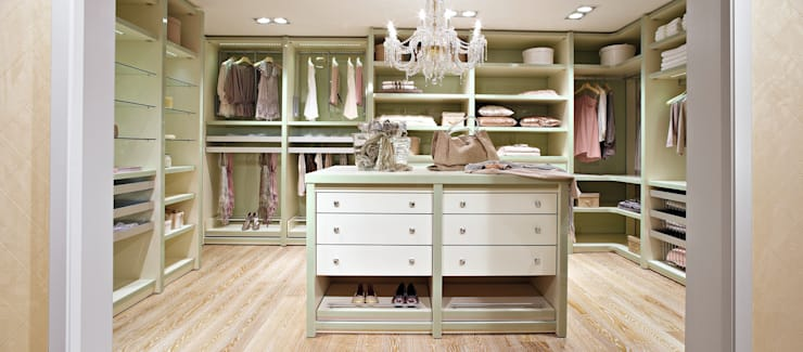 classic Dressing room by CABINET Schranksysteme AG