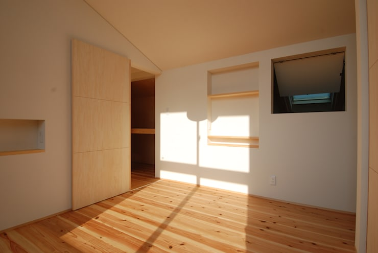 case-C/T: 株式会社PLUS CASAが手掛けた寝室です。