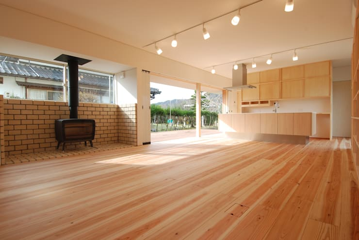 by 株式会社PLUS CASA Eclectic