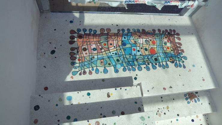Camdal – Gündogan / küçükbük Terrazzo zemin çalışması:  tarz Koridor ve Hol, Akdeniz Beton