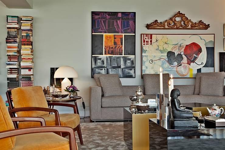 Apartamento São Sebastião: Salas de estar  por Artica by CSS