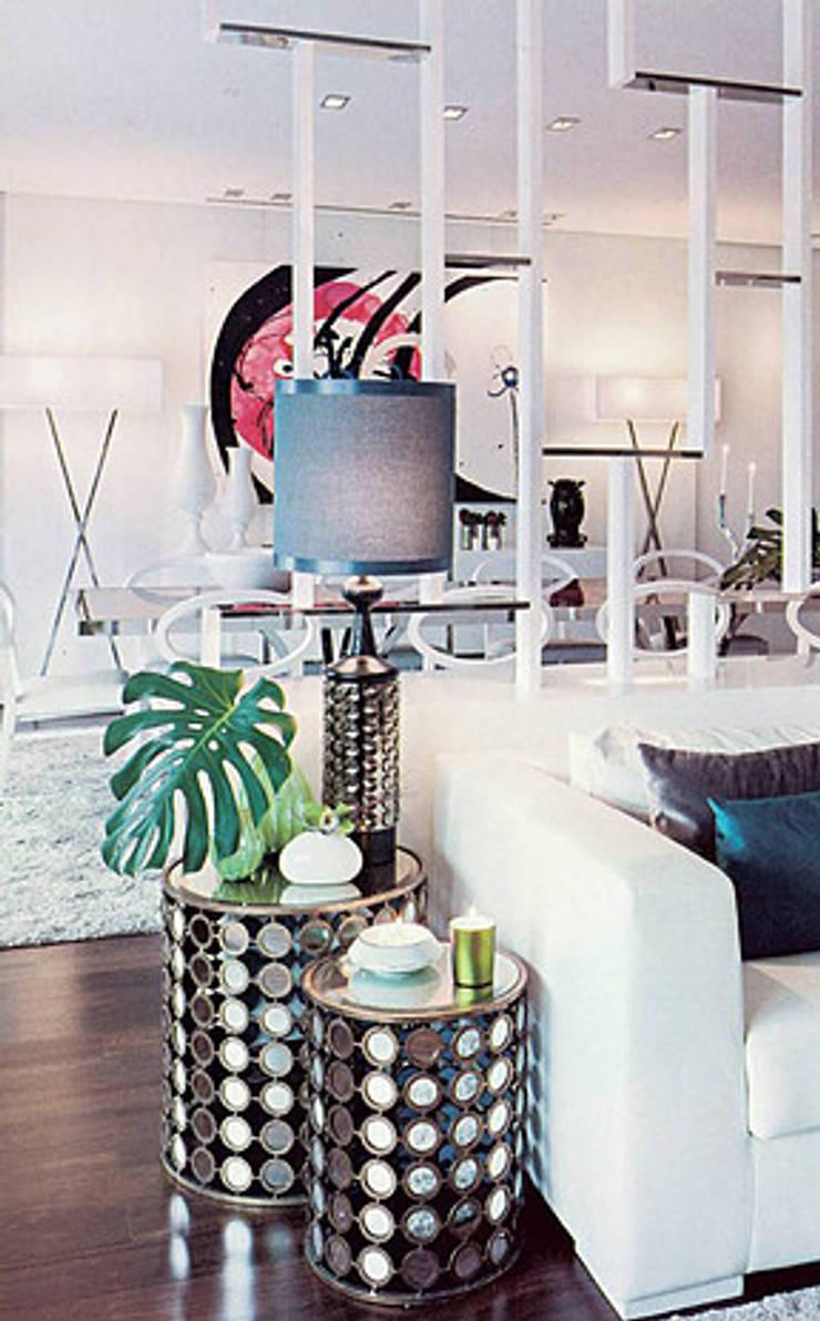 Salones de estilo moderno de Artica by CSS Moderno
