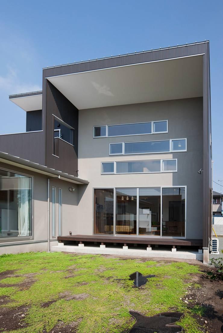 庭院 by 空間設計室/kukanarchi, 現代風