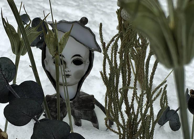 雪の中で: elementaが手掛けたアートです。,