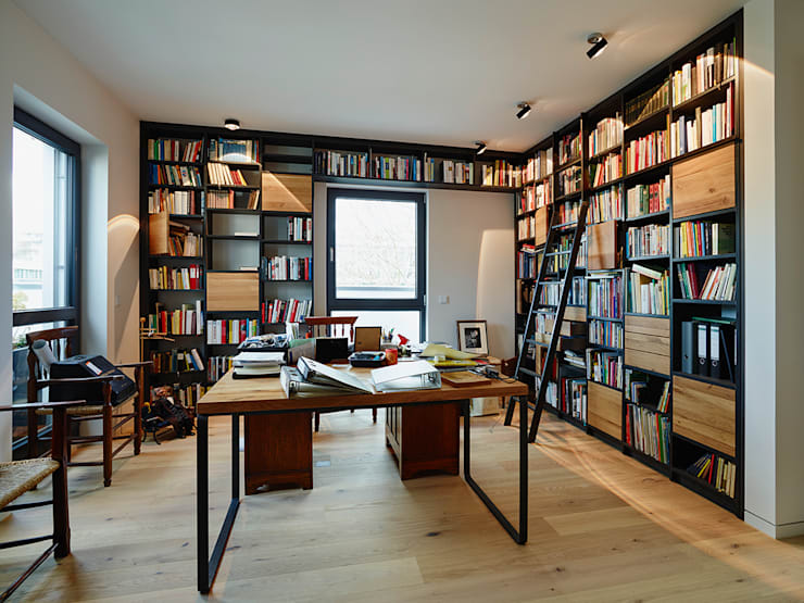 Projekty,  Domowe biuro i gabinet zaprojektowane przez HONEYandSPICE innenarchitektur + design