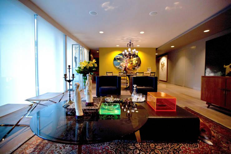 Departamento en Polanco I: Salas de estilo  por MAAD arquitectura y diseño