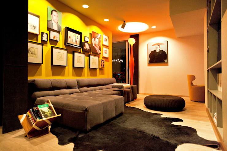 Departamento en Polanco I: Salas multimedia de estilo  por MAAD arquitectura y diseño
