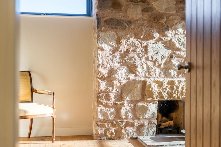 Solid House, North Berwick:  Bedroom by Chris Humphreys Photography Ltd