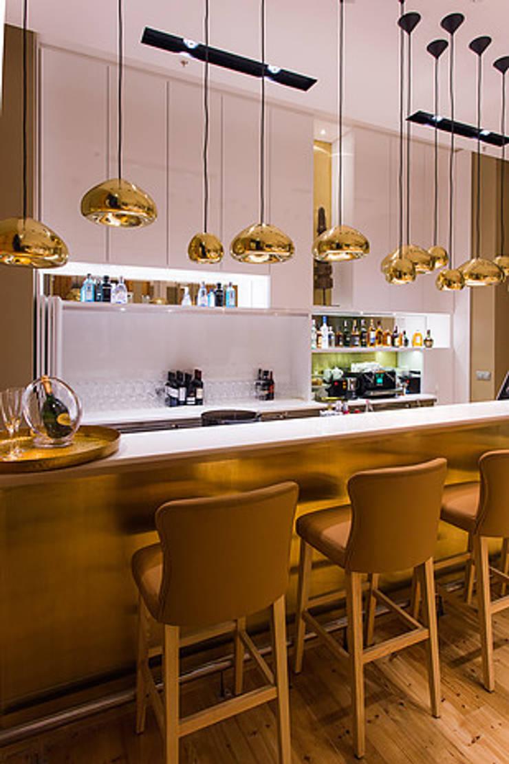 RESTAURANTE – JONY RULES HOTEL PORTUGAL LISBOA: Espaços de restauração  por Artica by CSS