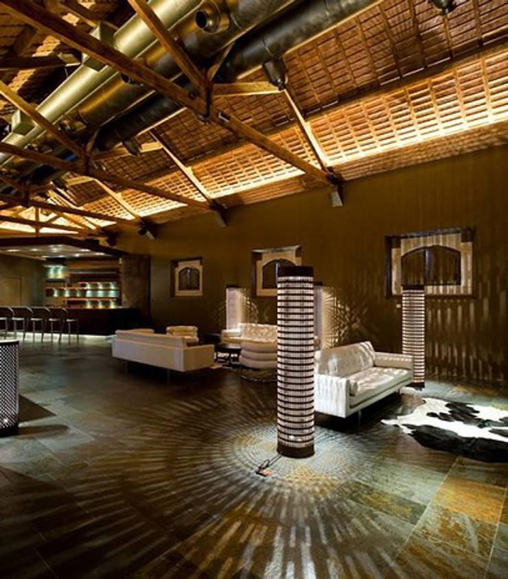 RESTAURANTE – VALE D'ALGARES CARTAXO: Bares e clubes  por Artica by CSS