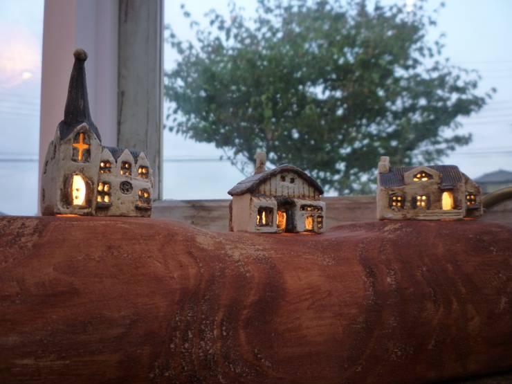 小さなオウチ照明  on: 土の家が手掛けた多目的室です。,