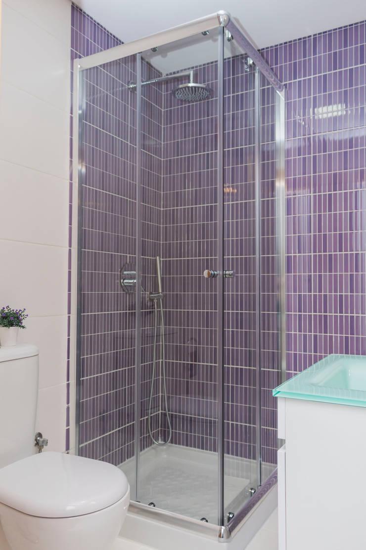 Depois.: Casa de banho  por Alma Braguesa Furniture
