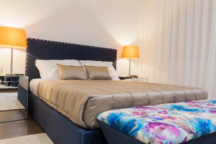 Dormitorios de estilo  por Alma Braguesa Furniture