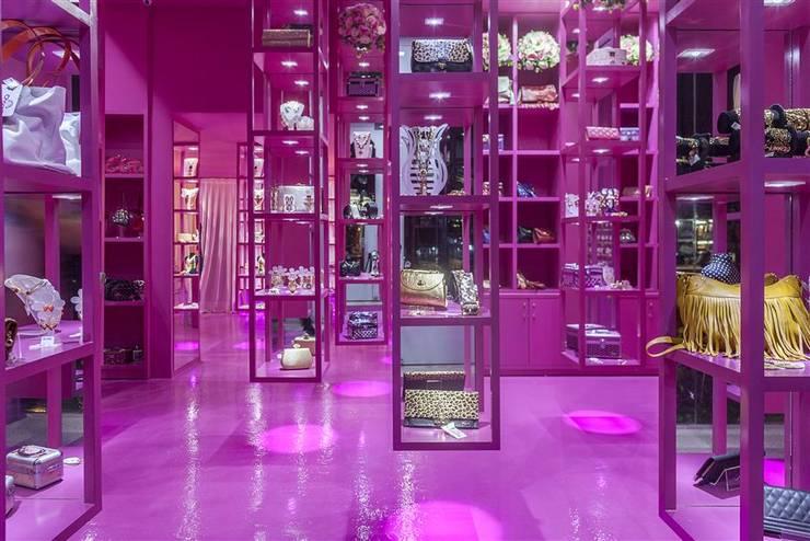 Charm's Store FSA: Lojas e imóveis comerciais  por EdVasco Decorações,Minimalista
