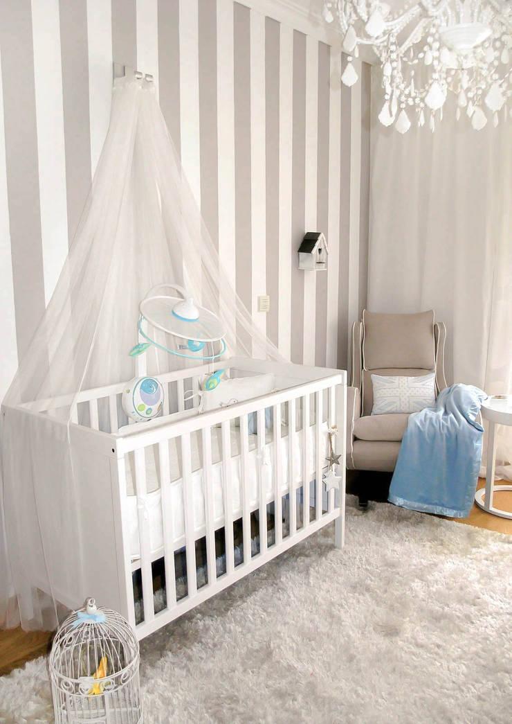 It's a Boy – Quarto de Bebé: Quartos de criança  por Andreia Alexandre Interior Styling