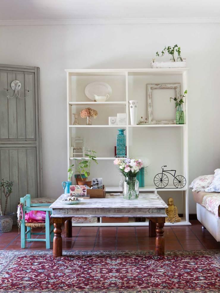 Living:  de estilo  por La Florinda,Ecléctico