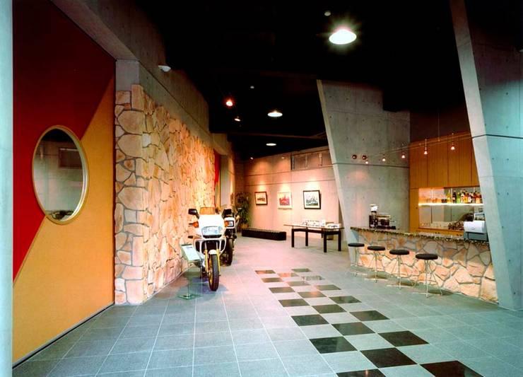 壁: 株式会社 t2・アーキテクトデザイン 一級建築士事務所が手掛けた壁です。,