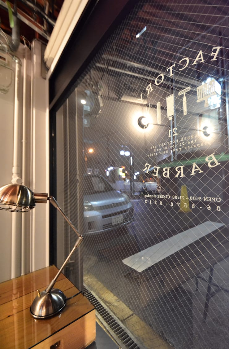 FACTORY BARBER: TRANSFORM  株式会社シーエーティが手掛けたオフィススペース&店です。