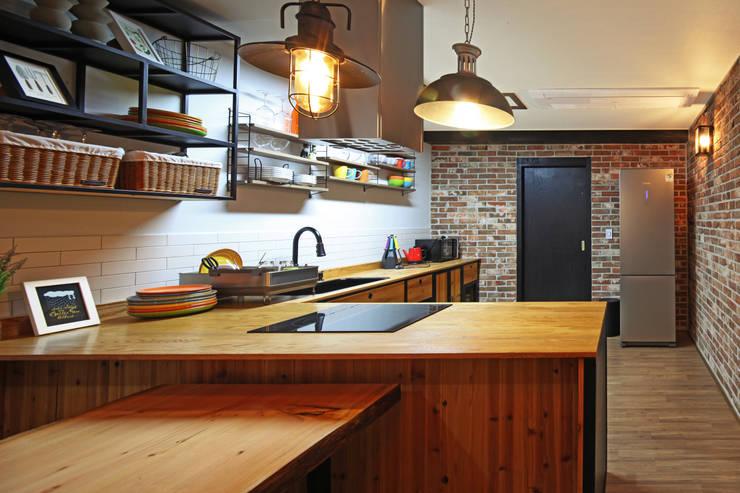 廚房 by 윤성하우징