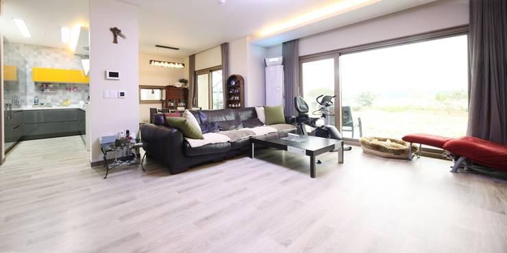 Projekty,  Salon zaprojektowane przez 윤성하우징