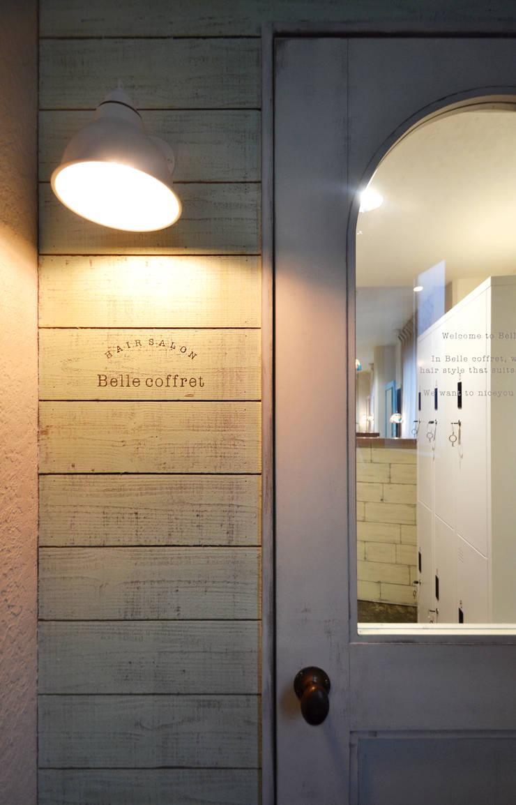 Belle Coffret: TRANSFORM  株式会社シーエーティが手掛けたオフィススペース&店です。,