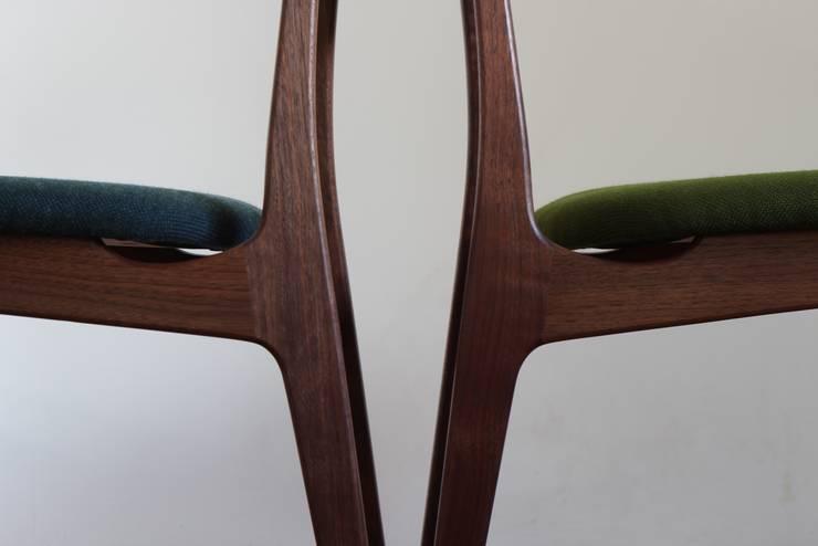 椅子: 木工yamagenが手掛けたダイニングルームです。,