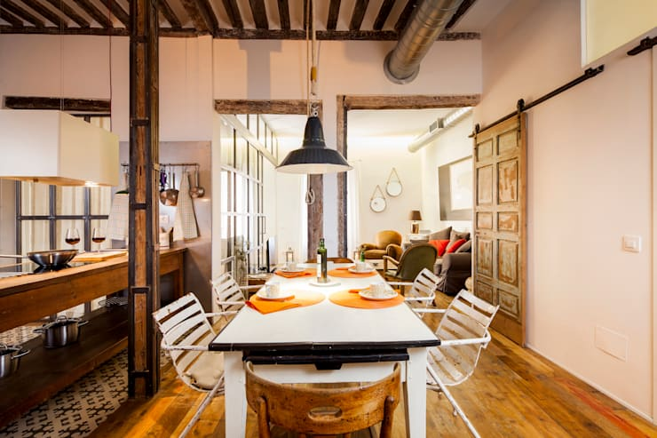 Sala da pranzo in stile  di The Sibarist Property & Homes