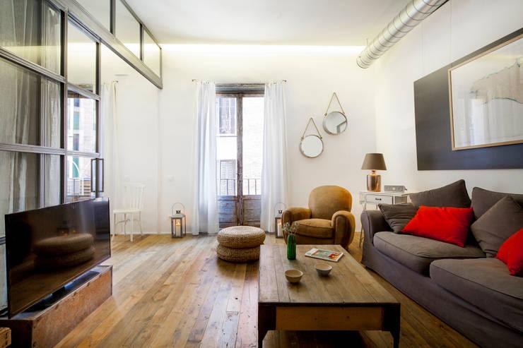 The Sibarist Rastro : Salones de estilo  de The Sibarist Property & Homes