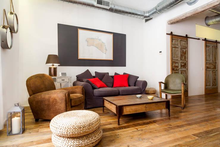 rustikale Wohnzimmer von The Sibarist Property & Homes