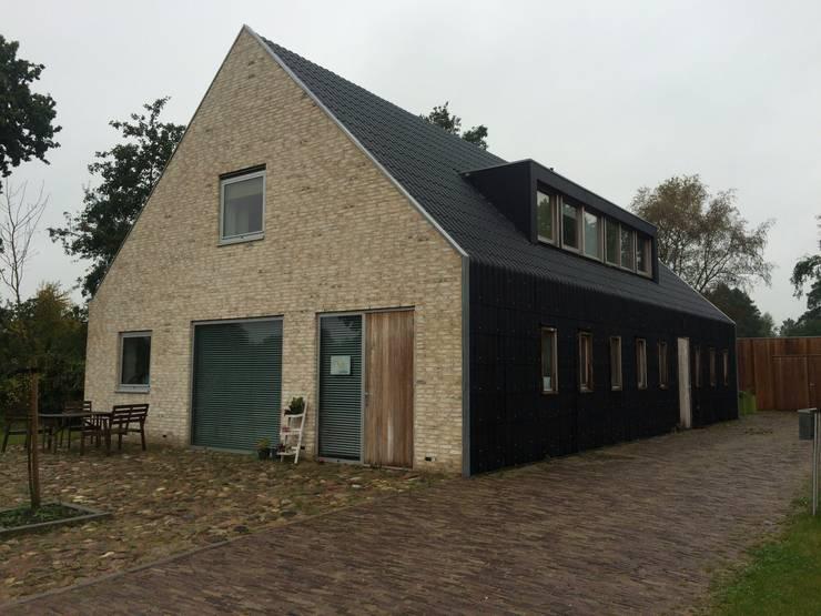 Schuurwoning Terheyl:  Huizen door Kwint architecten