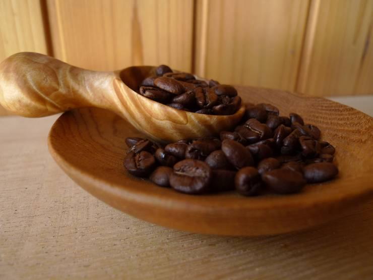コーヒーメジャー/橡(トチ):  みたけさいとう商店が手掛けたキッチンです。