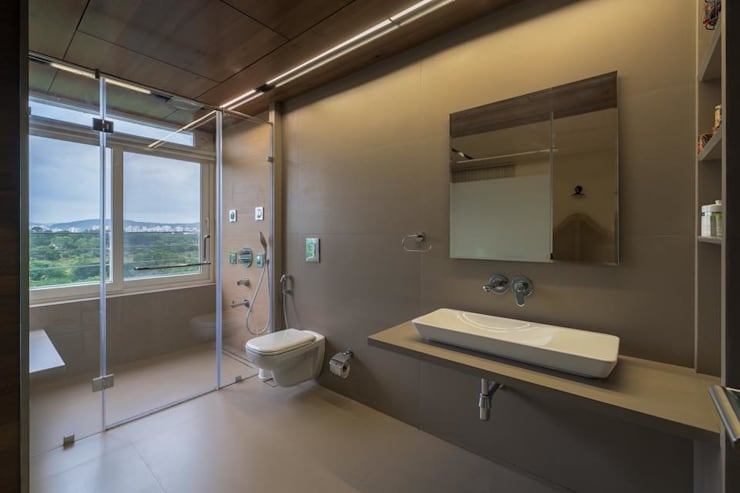 Lunavat residence: modern Bathroom by Archtype