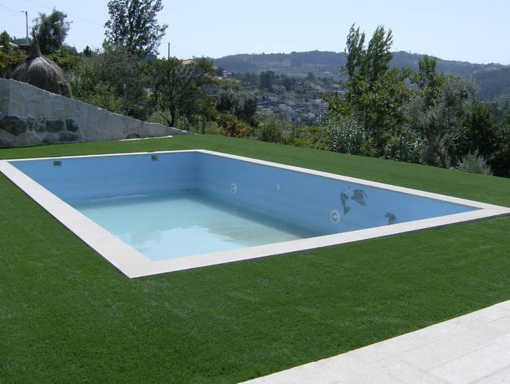 Jardim - Relva Sintética - Marco de Canaveses:   por Norpavi