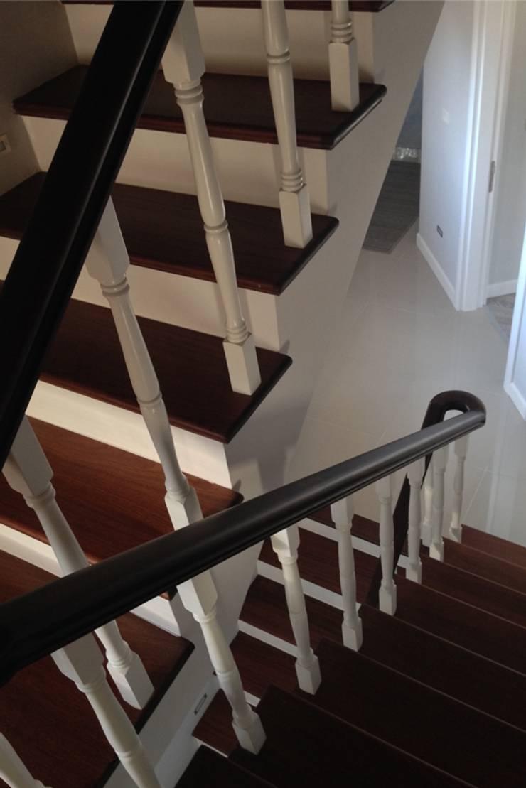 BAGO MİMARLIK  – Urla B.T Evi:  tarz Koridor ve Hol, Modern