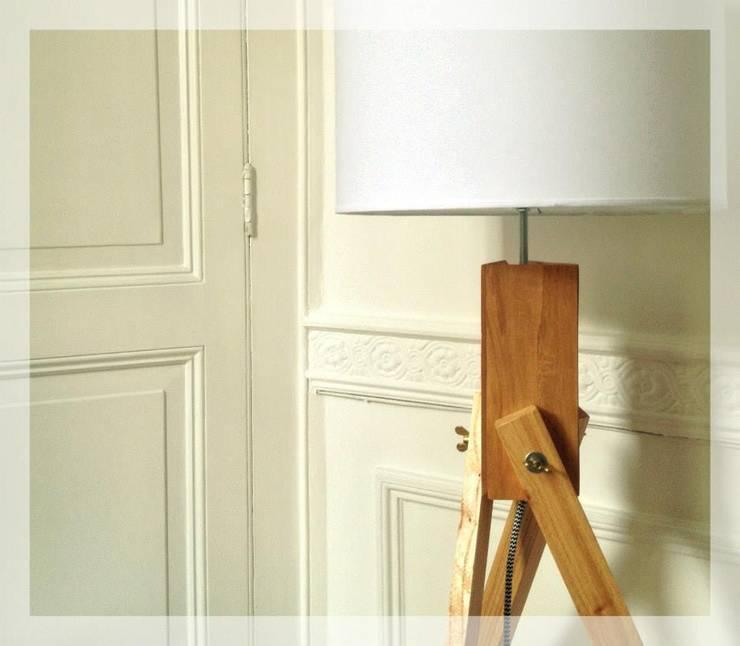 CATALOGO 2015 – MYGALAMPS: Livings de estilo  por MYGA LAMPS