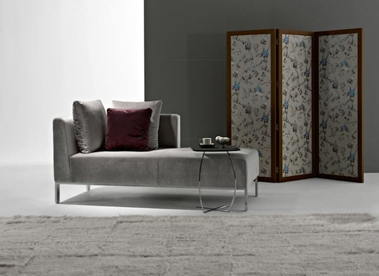 Chaiselongs : Sala de estar  por Intense mobiliário e interiores;