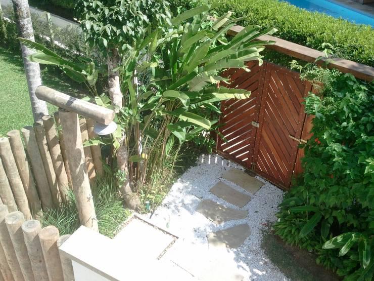 Jardim da Ducha: Jardins  por Leben Arquitetura