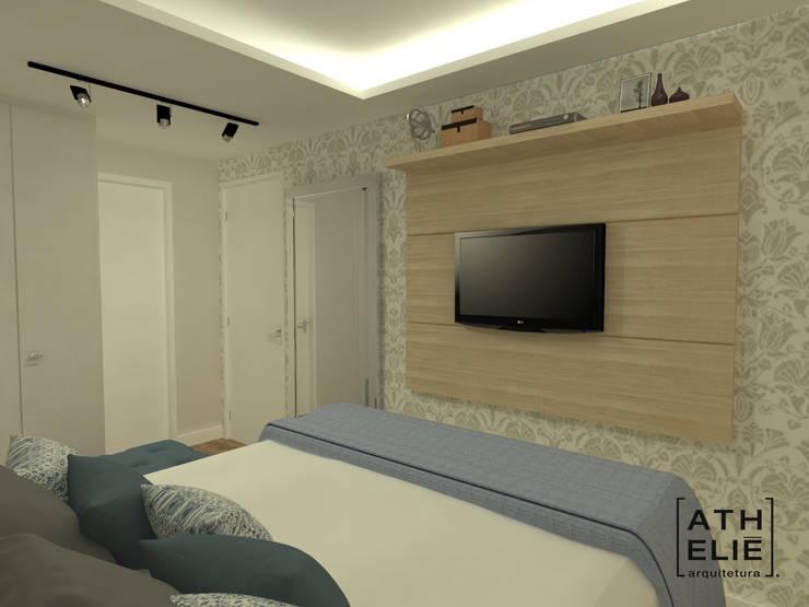 Suíte - Quarto do casal [Bedroom]: Quartos  por ATHeliê Arquitetura
