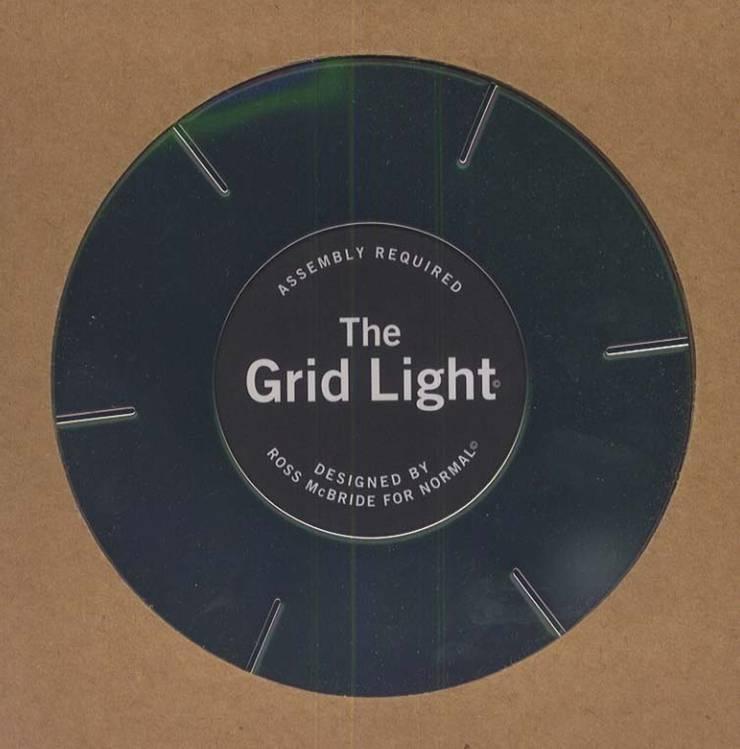 GRID LIGHT: abode Co., Ltd.が手掛けたリビングルームです。